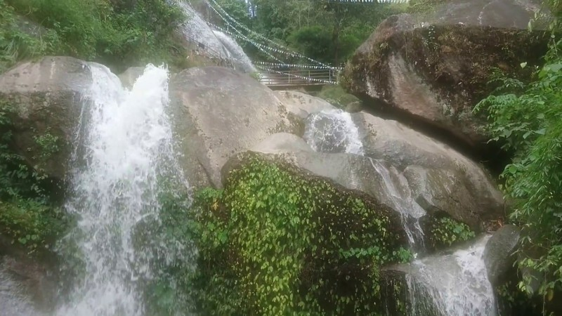 Jhor-Waterfall-Jharana