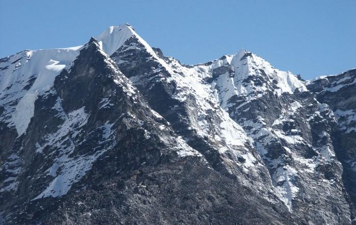 Kongma Tse Peak Climbing
